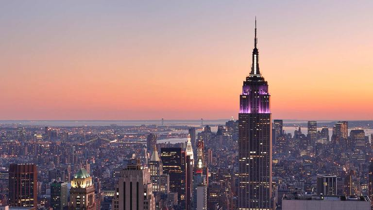 new-york-city-skyline-at-dusk-zo-cf1a9c35